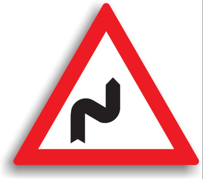 Curbă dublă sau o succesiune de mai mult de două curbe, prima la dreapta